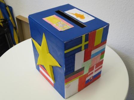 ZZ_HTTP Fehler _Wahlurnenwettbewerb_Klasse 8d Marga Spiegel Sekundarschule Werne2